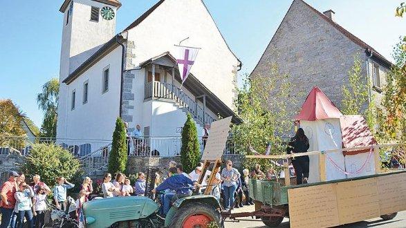 Adelshofen Geburtstag Der St Nikolaus Kirche Grosser Gefeiert Als