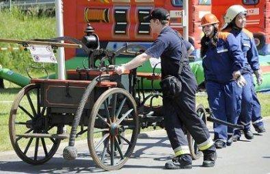Feuerwehr Nutzte Den Tag Der Offenen Tür Zur Information