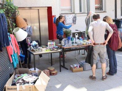 Shopping Im Hinterhof Flohmarkt In Gostenhof Ost Nurnberg