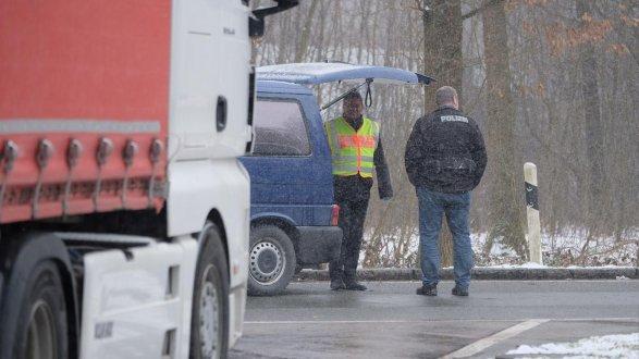 Resultado de imagen de Toter auf A9 bei Fischbach: Mordkommission ermittelt